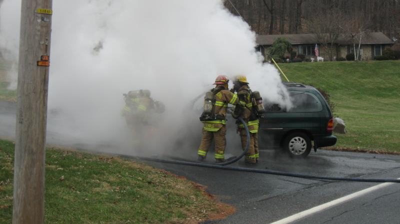 Engine 11-1 1st Due on Working Car Fire